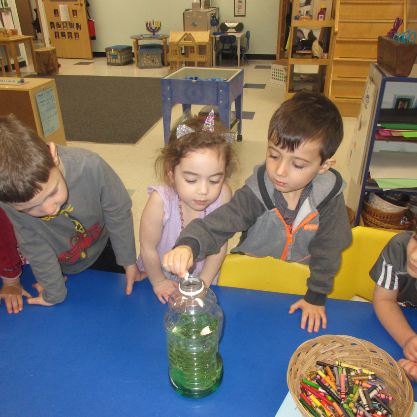 Making lava lamps with oil