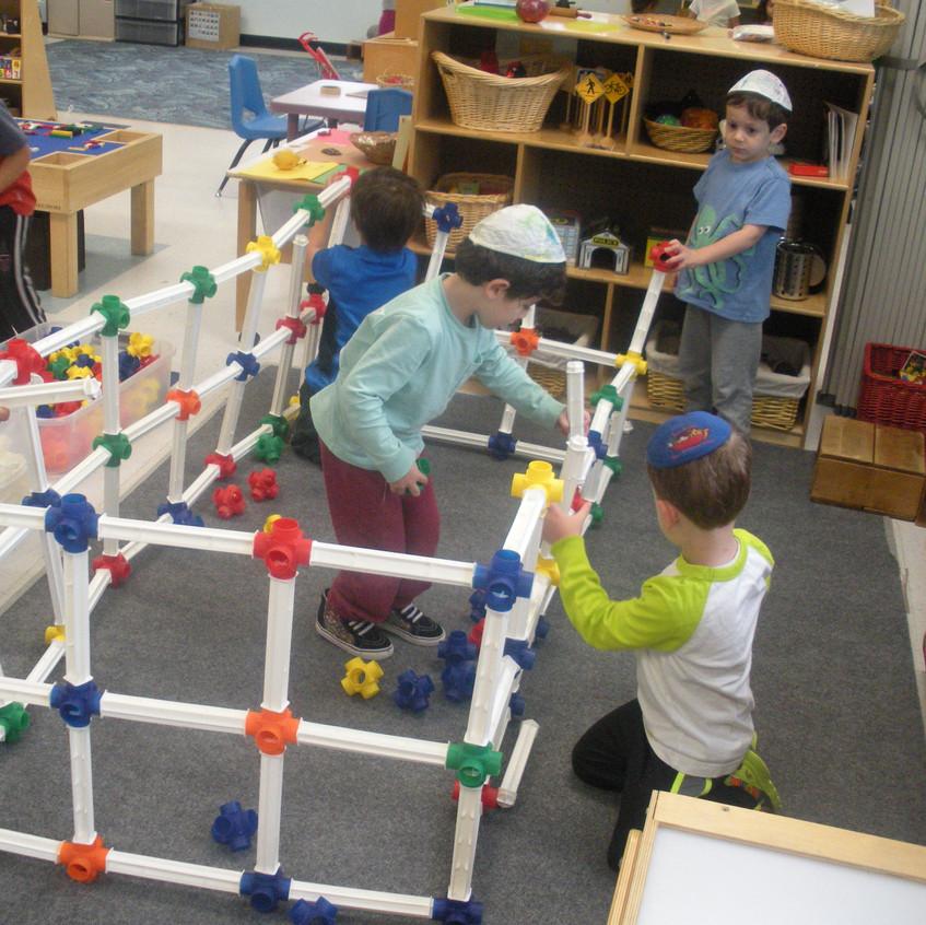 Constructing an indoor sukkah