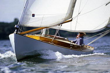 Onne van der Wal / Sailing a friendship sloop at the Classic yacht regatta in Newport, Rhode Island, USA