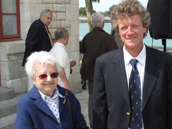 A gauche Paule Sergent et à droite Bruno Barbara