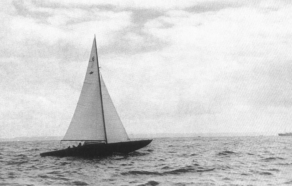 Le Requin Chagrin n° 6 traverse la Manche