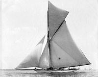 Le 46-footer ILDERIM. En 1890 nous sommes à la fin des années de la Sail Area Rule, la Linear Rating Rule n'est pas loin.