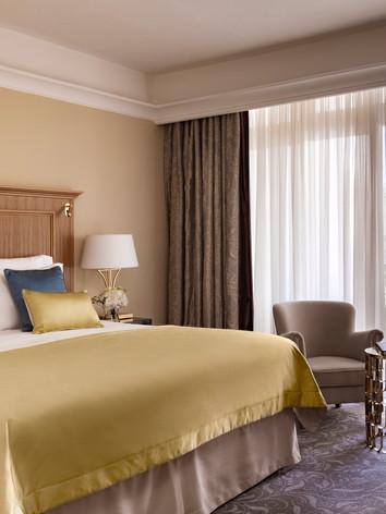 Corinthia_Palace_Palace_Suite_Main_Bedro