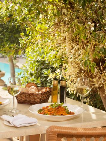 Corinthia_Palace_The_Summer_Kitchen_03.j