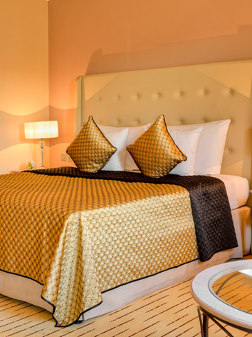 Corinthia_St_Georges_Bay_Grand_Suite_Bed