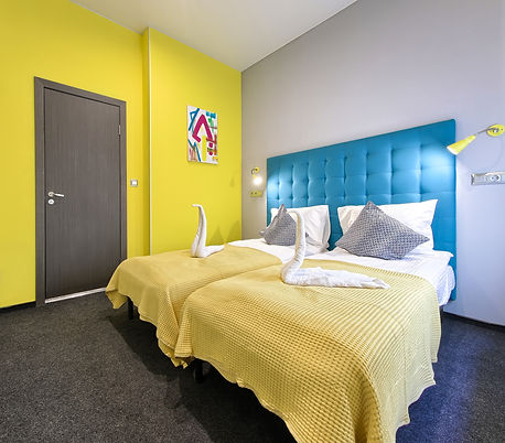 Delux DBL_TWIN Room13.jpg