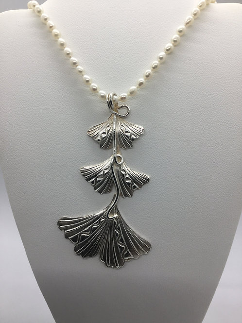 Three Tier Gingko leaf pendant w/freshwater pearl chain