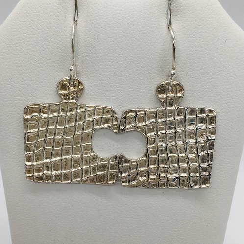 Gauze Texture Puzzle Earrings
