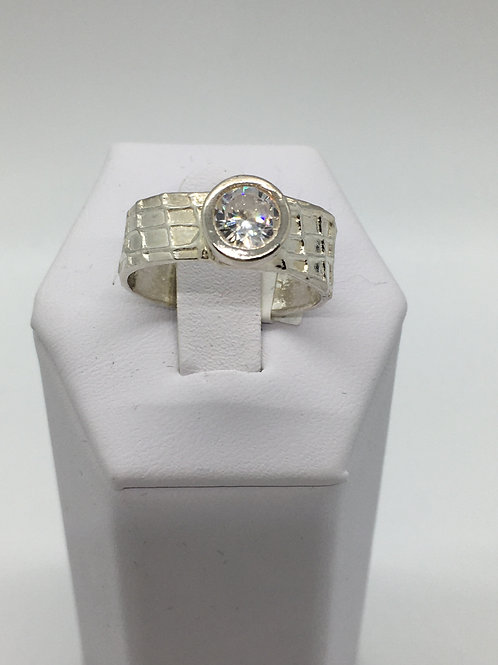 Gauze Textured Ring with Round Diamond CZ