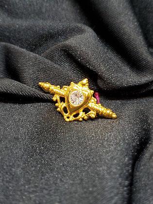 Scroll Heart w/ Stone Gold Broach