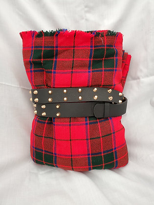 Scottish Rose Great Kilt with Belt, Wool Acrylic Blend