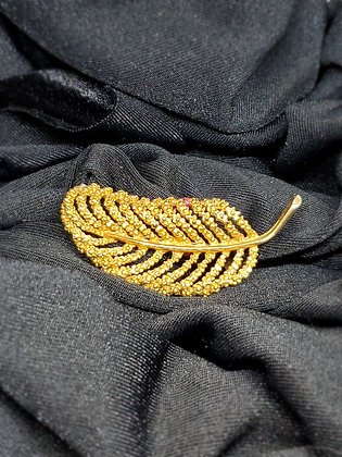 Corded Leaf Gold Broach