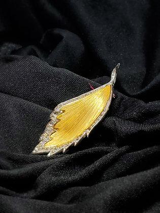 Leaf w/Rhindstone Gold Broach