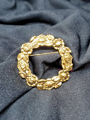 Wreath Gold Broach