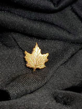 Maple Leaf Gold Pin