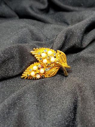 Pearl Petals Gold Broach