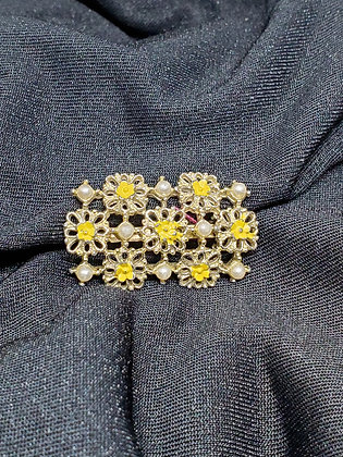 Pearl w/ Yellow Flowers Gold Broach
