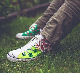 garden-grass-laces-5888.jpg