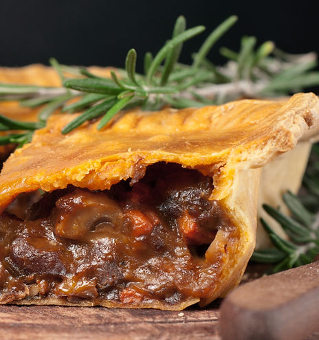 Fresh%20australian%20meat%20pie%20on%20t