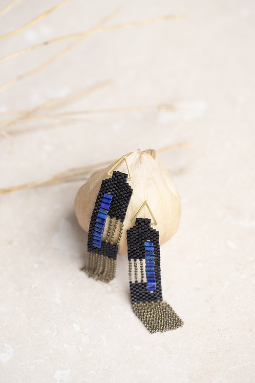 C Earrings (Black)