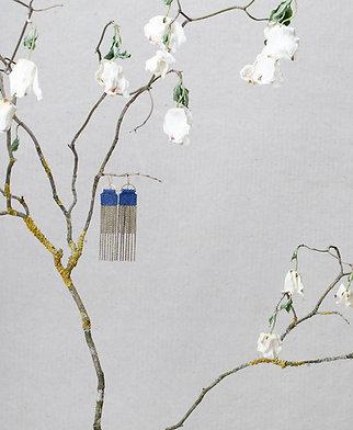 Curtain earrings