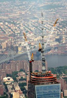 Antenna Erection atop One World Trade Center; Manhattan, NY