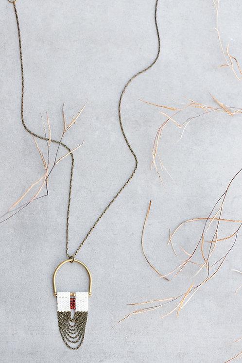 Arch Carnelian necklace