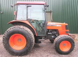 Kubota M5700 Tractor