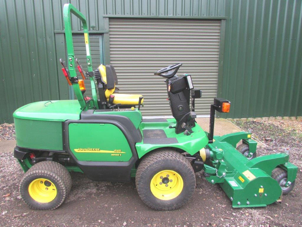 John Deere Outfront Flail Mower