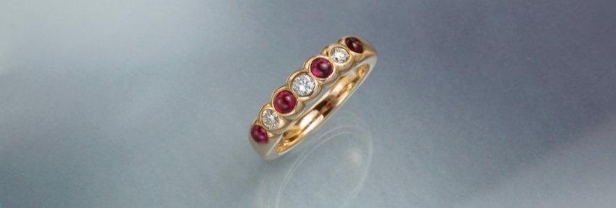 Ring Brillant/Rubin Mémoire Cabochon (halb)