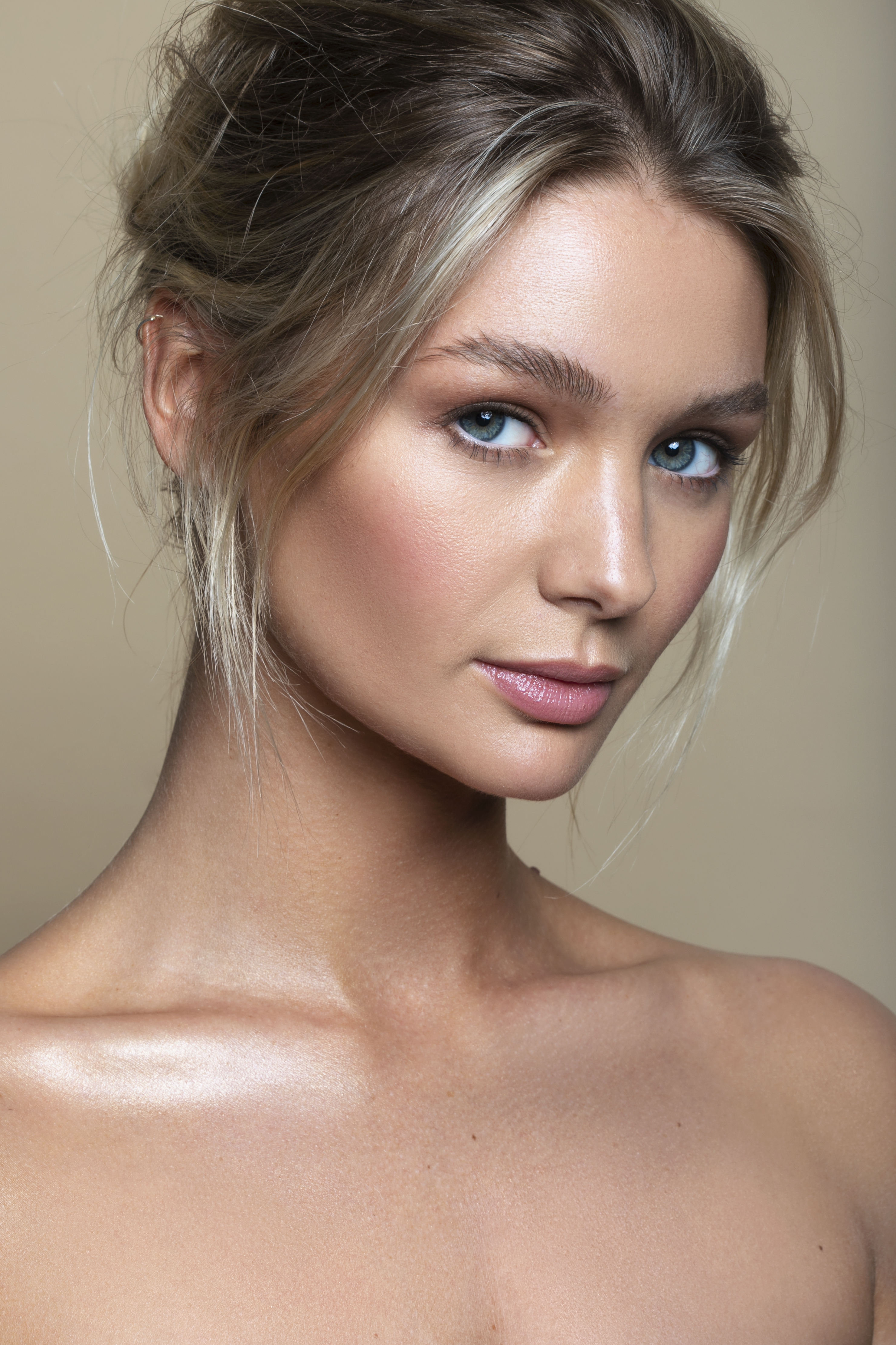 Verity Model - iulia david