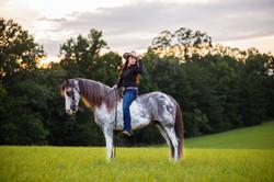 senior-photo-horse