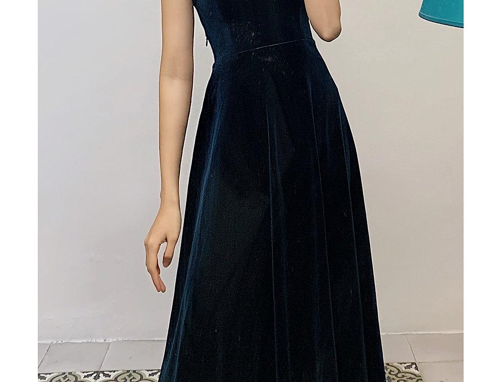 Bluery Velvet Dress