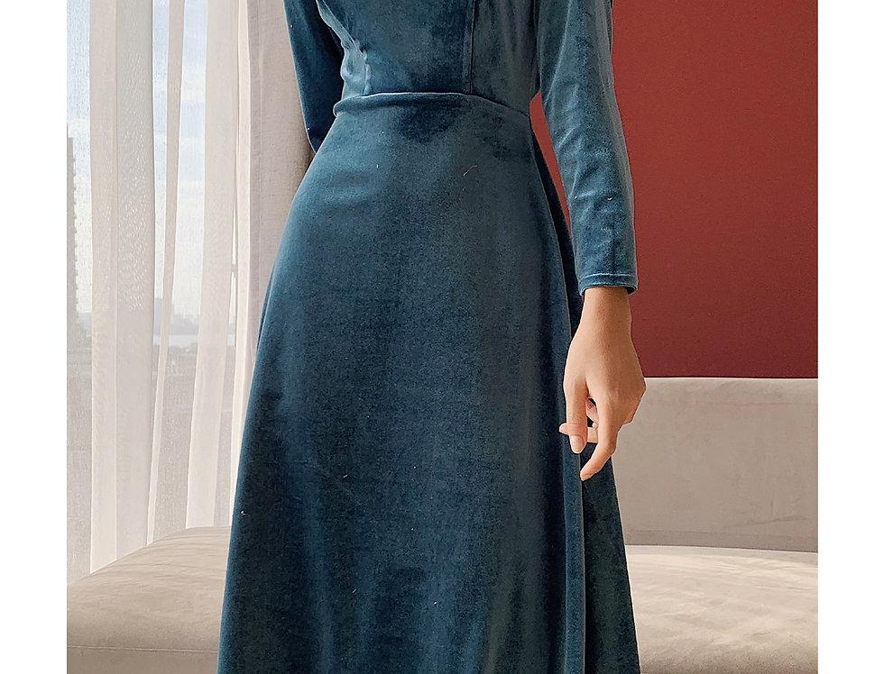 Ohara Velvet Dress (Blue)