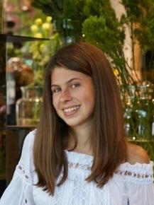 Julianne Yotov