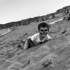 6 Elliot sur la plage.jpg