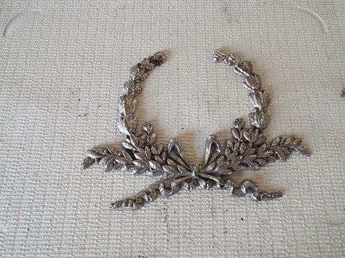 Collins Wreath (broken)