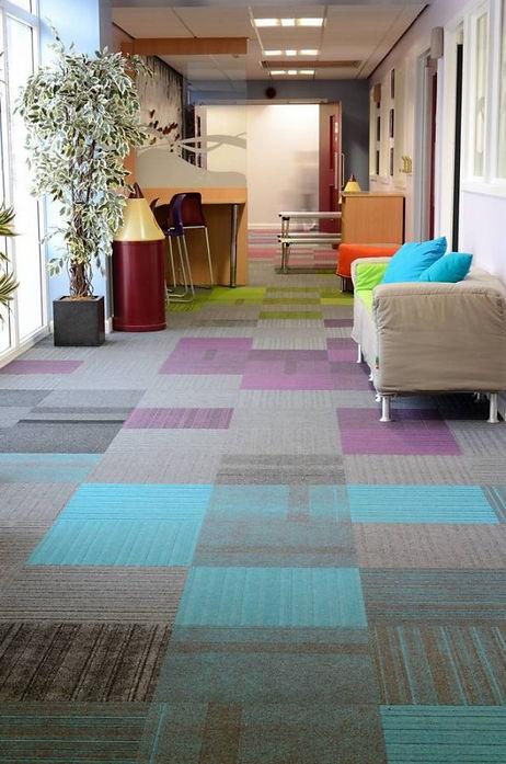 lateral-carpet-tiles-st-matthews-school-