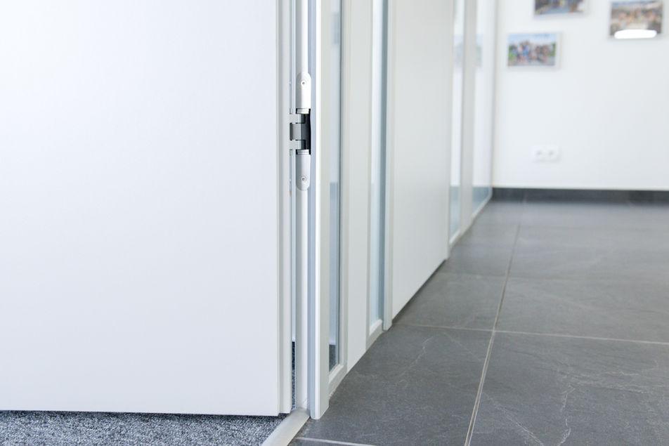 FERMAT detail dveří