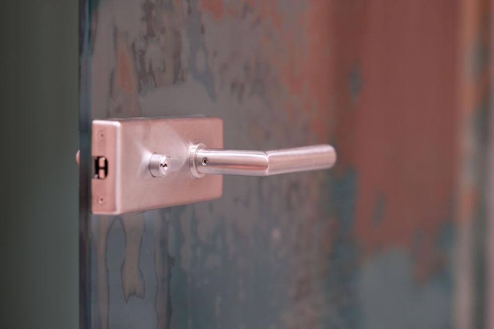 magnetický zámek