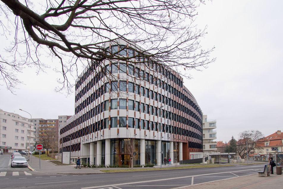 Prime office building