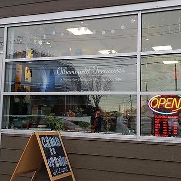 Store, Storefron, Otherworld Treasures, Esoteric, Metaphysical. Ottawa, Ontaio, Small Business