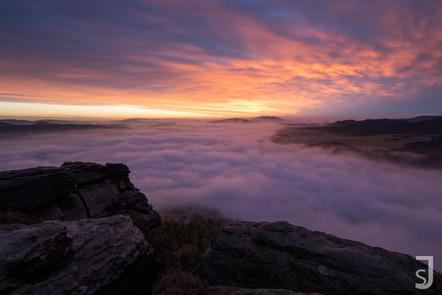 Sonnenaufgang über dem Wattemeer (Elbsandsteingebirge)