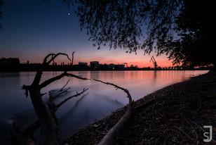 Nacht im Hafen (Mannheim / Rheinufer)