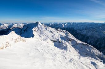 verschneite Alpen