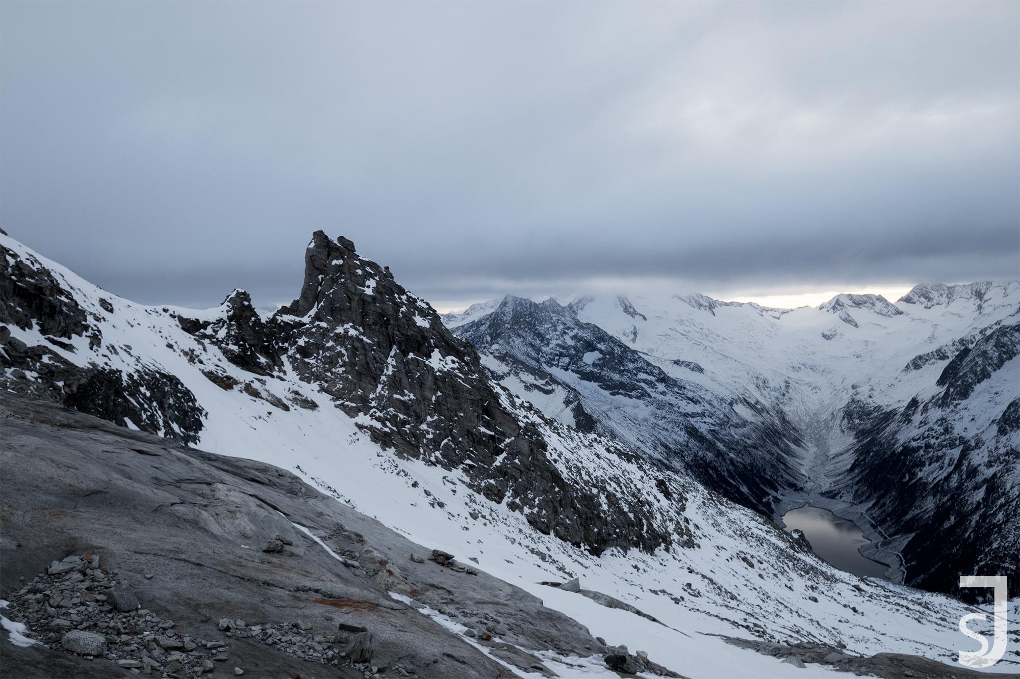 Schlegeis_(See),_Hintertuxer_Gletscher,_Österreich