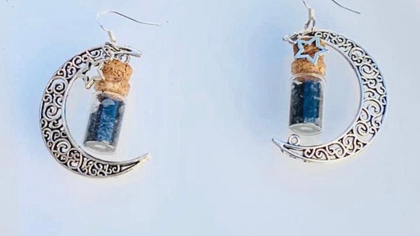 Half moon stars earrings with sage and black salt