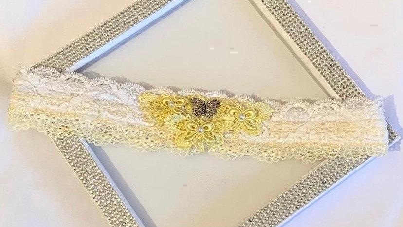 Butterfly garter