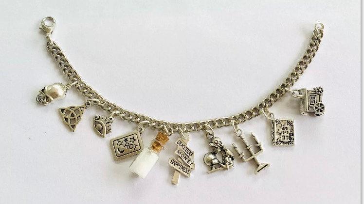 Crystal inspired bracelet