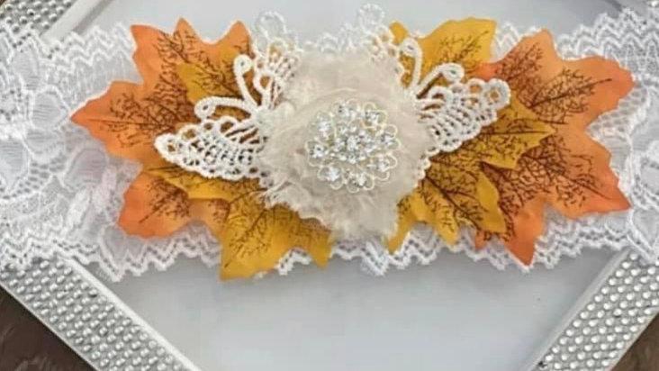 Fall inspired garter